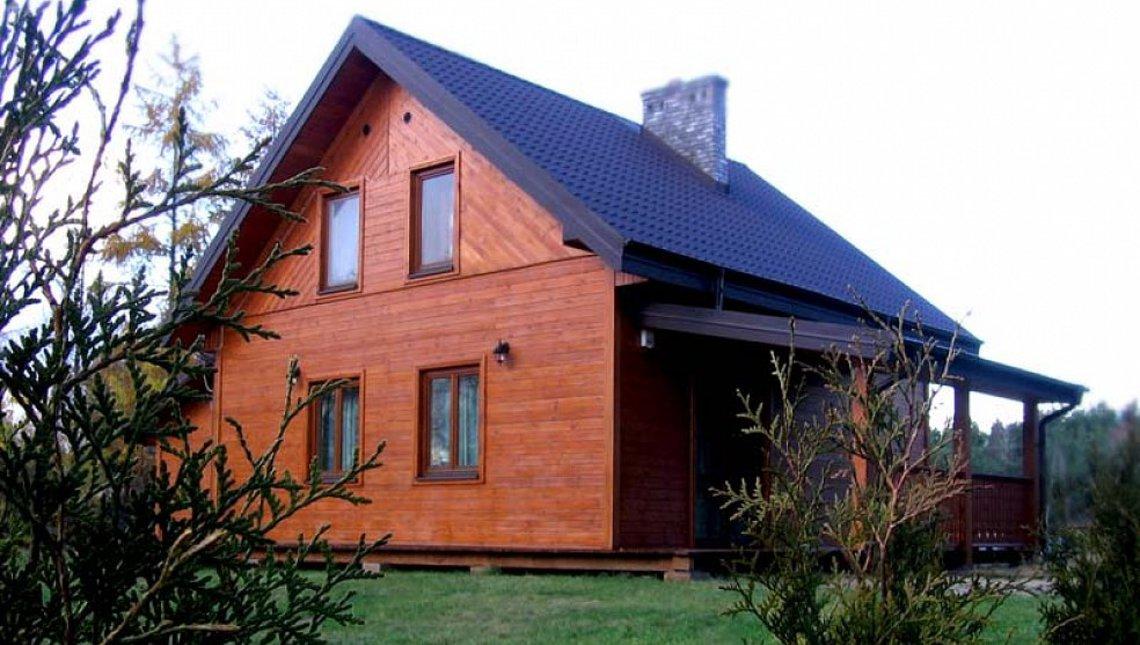 Проект маленького будинку з мансардою