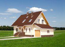 Проект заміського будиночка з верандою та мансардним поверхом