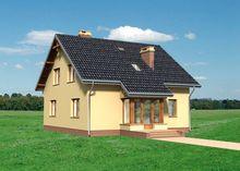 Цікавий будинок з еркером і верандами