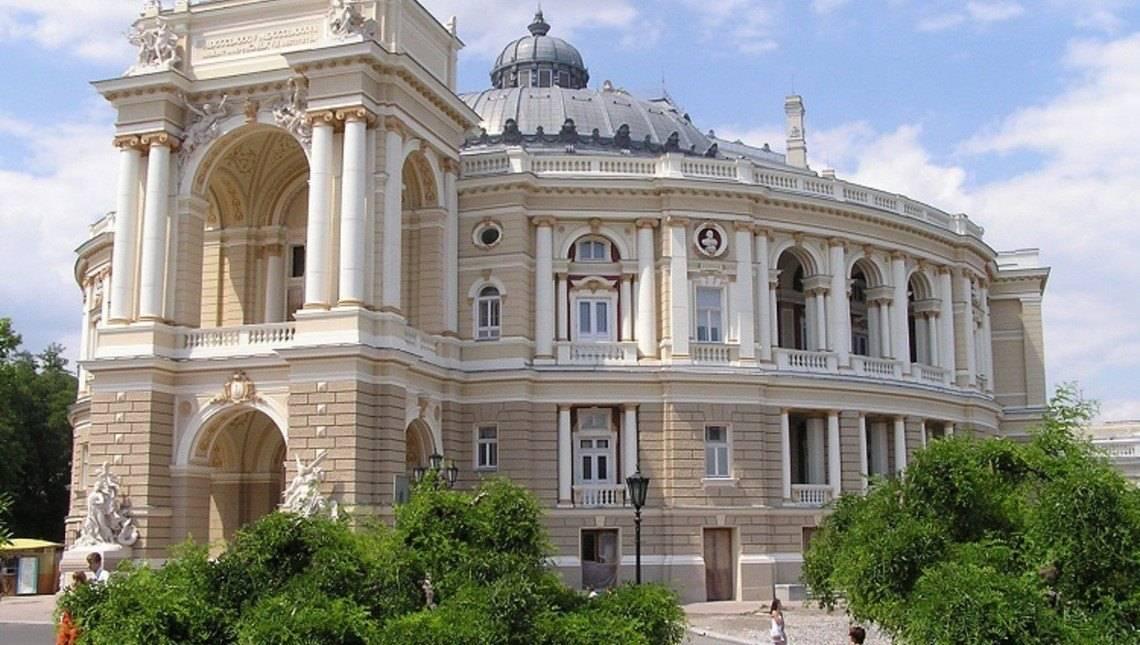Будівництво будинків та котеджів в Одесі