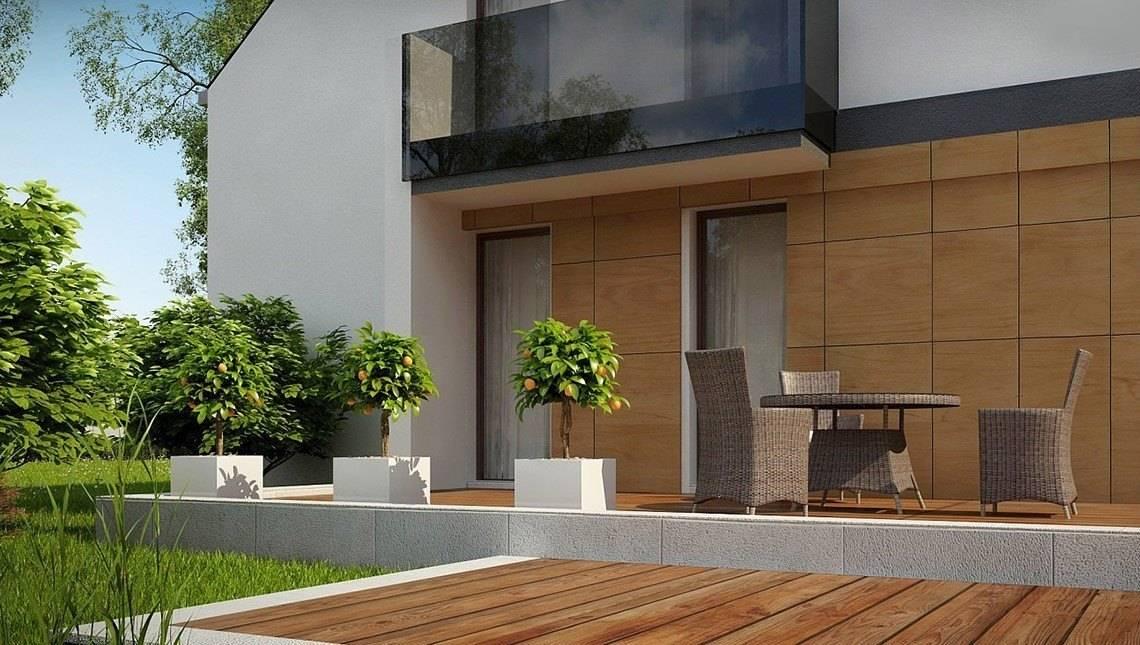 Двоповерховий будинок в класичному стилі з елементами кубізму